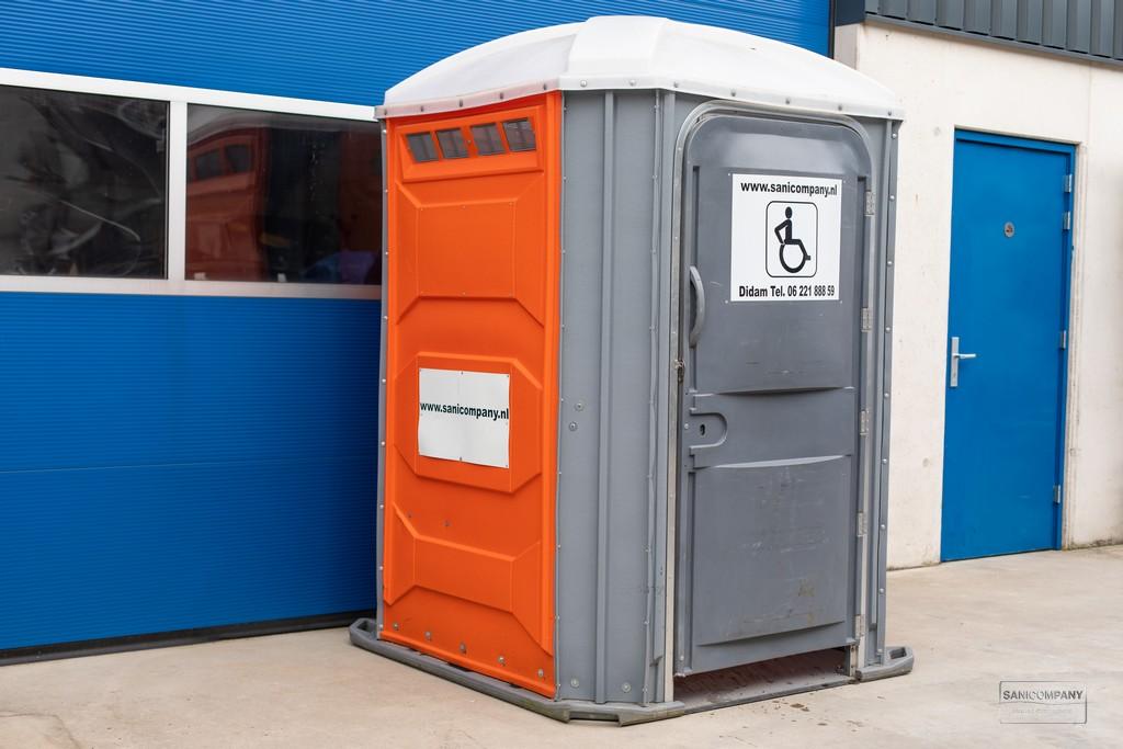 Mobiele mindervaliden toiletcabine
