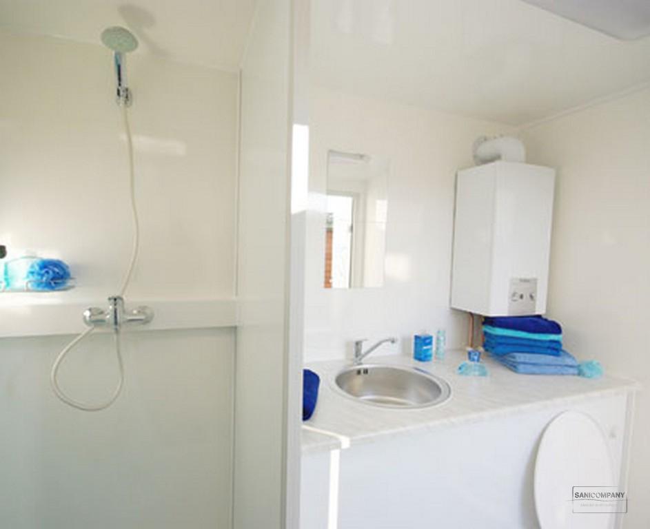 mobiele badkamer met geiser