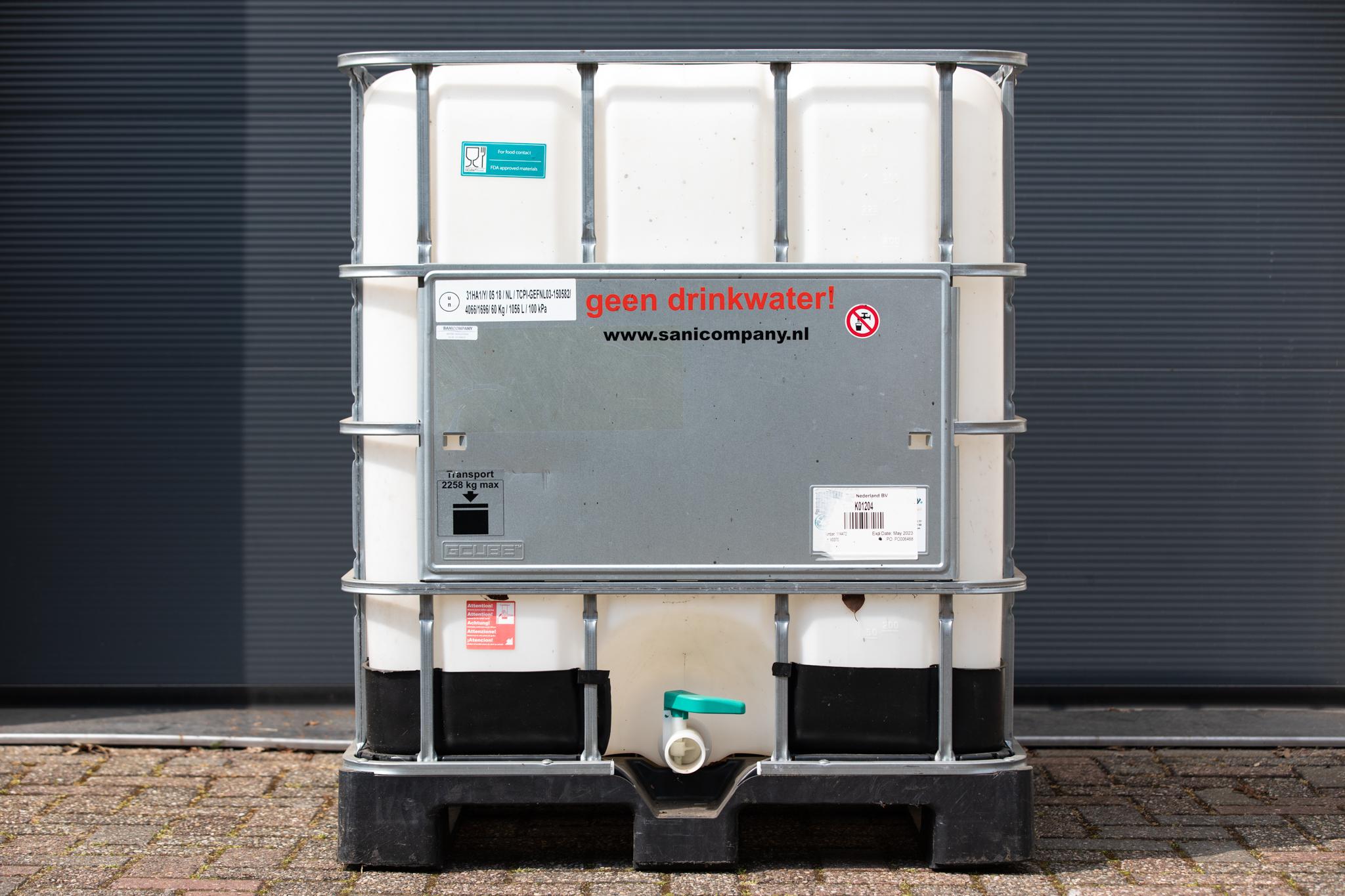 7. Schoon- of vuilwatertank (IBC) 1000 liter